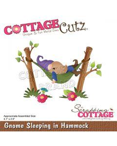 Rezalna šablona CottageCutz Gnome Sleeping In Hammock